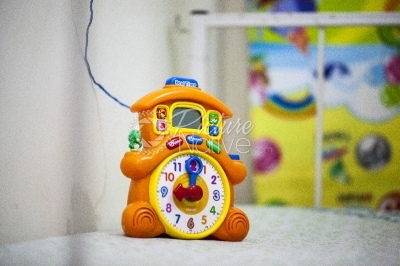 A talking clock toy