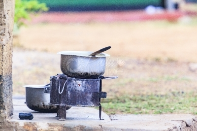 Cooking on charcoal stove